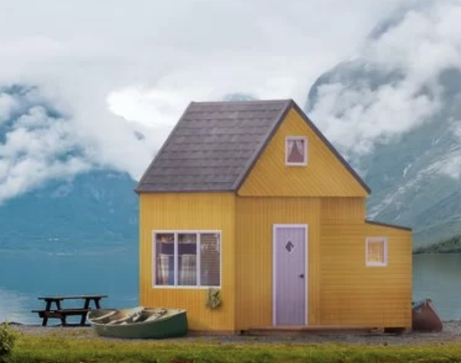 Brette Haus yellow one for glamping