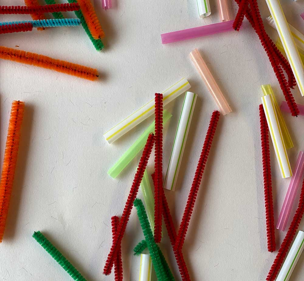 pipe cleaners and straws for building project for kids from archKIDecture