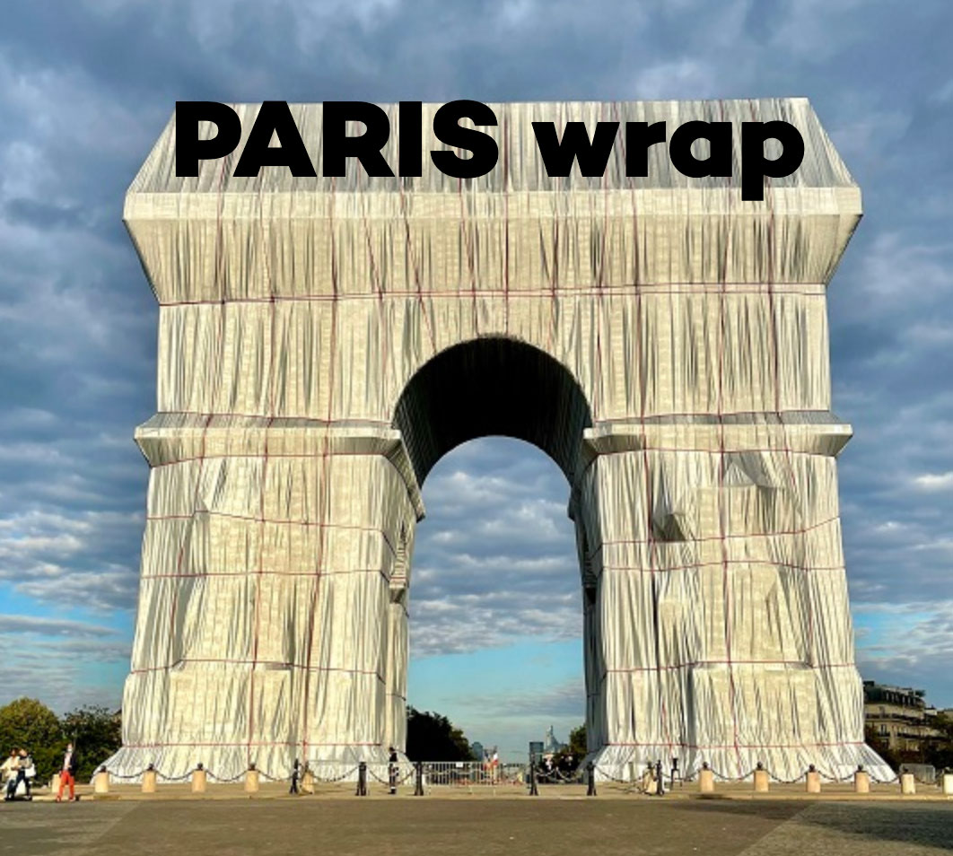 Arc de Triomphe wrapped, Christo and Jeanne Claude